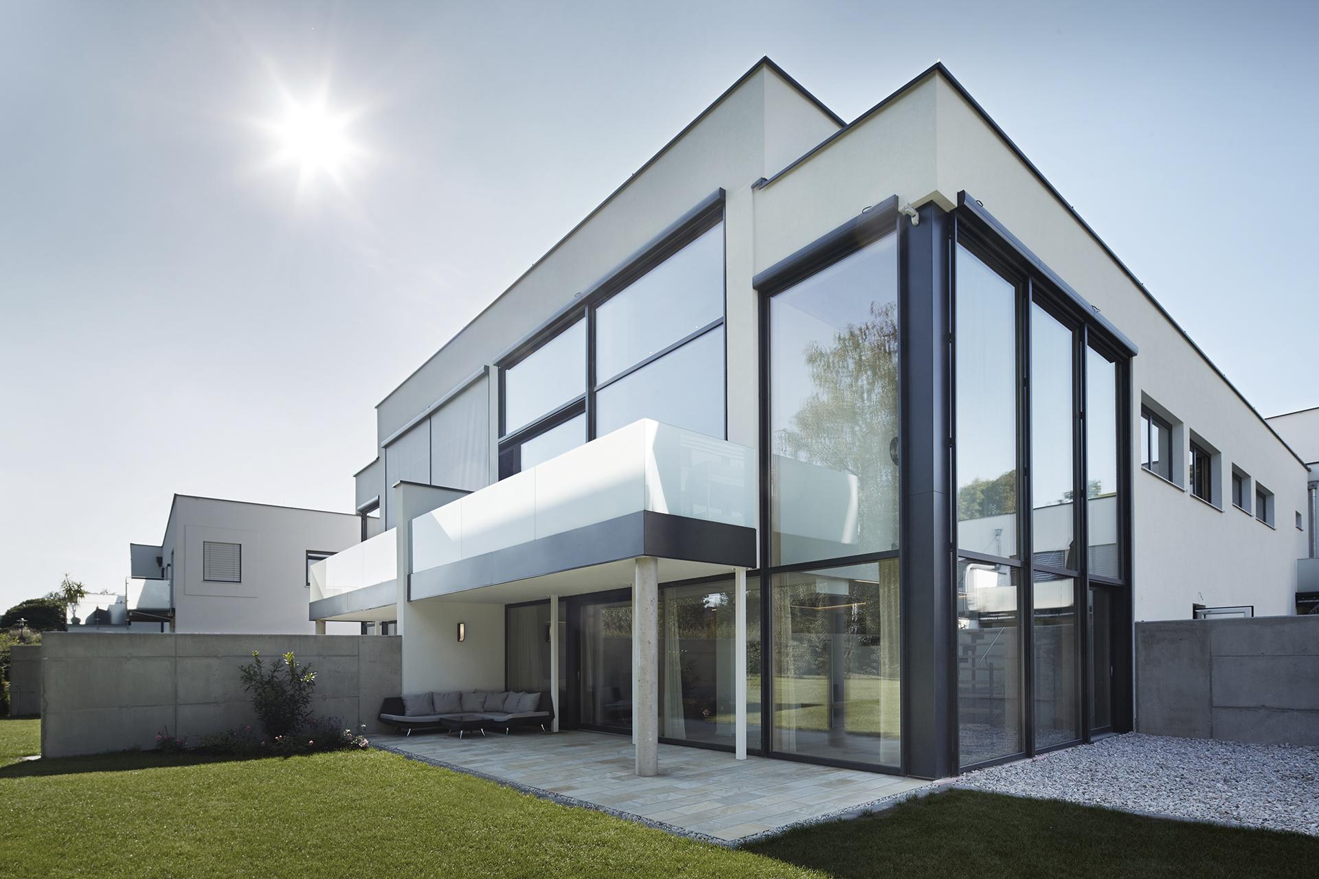 Bezaubernd Fassade Haus Foto Von Glasfassade W