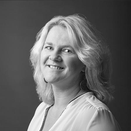 Manuela Rossgatterer, Service Palisa